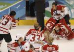 Canadian Women's Hockey Team Party Like Rock Stars 9