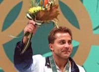 Former Olympic gold medallist Lenzi dies 1