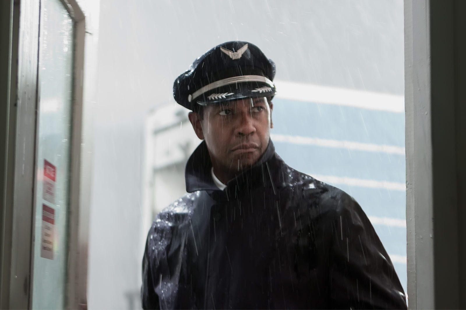 Denzel Washington: Flight [Official Trailer] 1