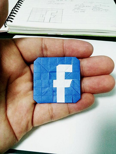 Decoding Facebook's Privacy Settings 1