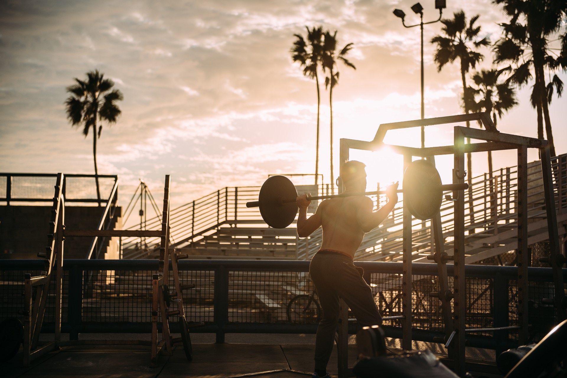 beach bodybuilding